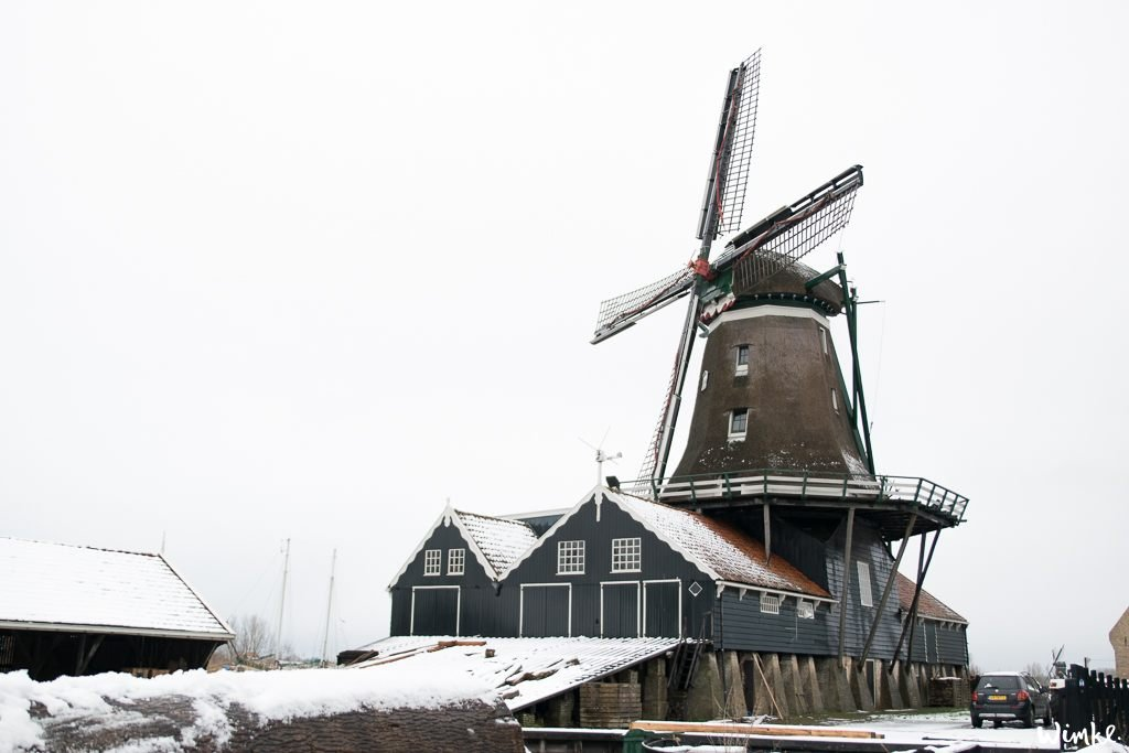 Kerst & Sneeuwfoto's - De molen van IJlst - www.wimke.nl