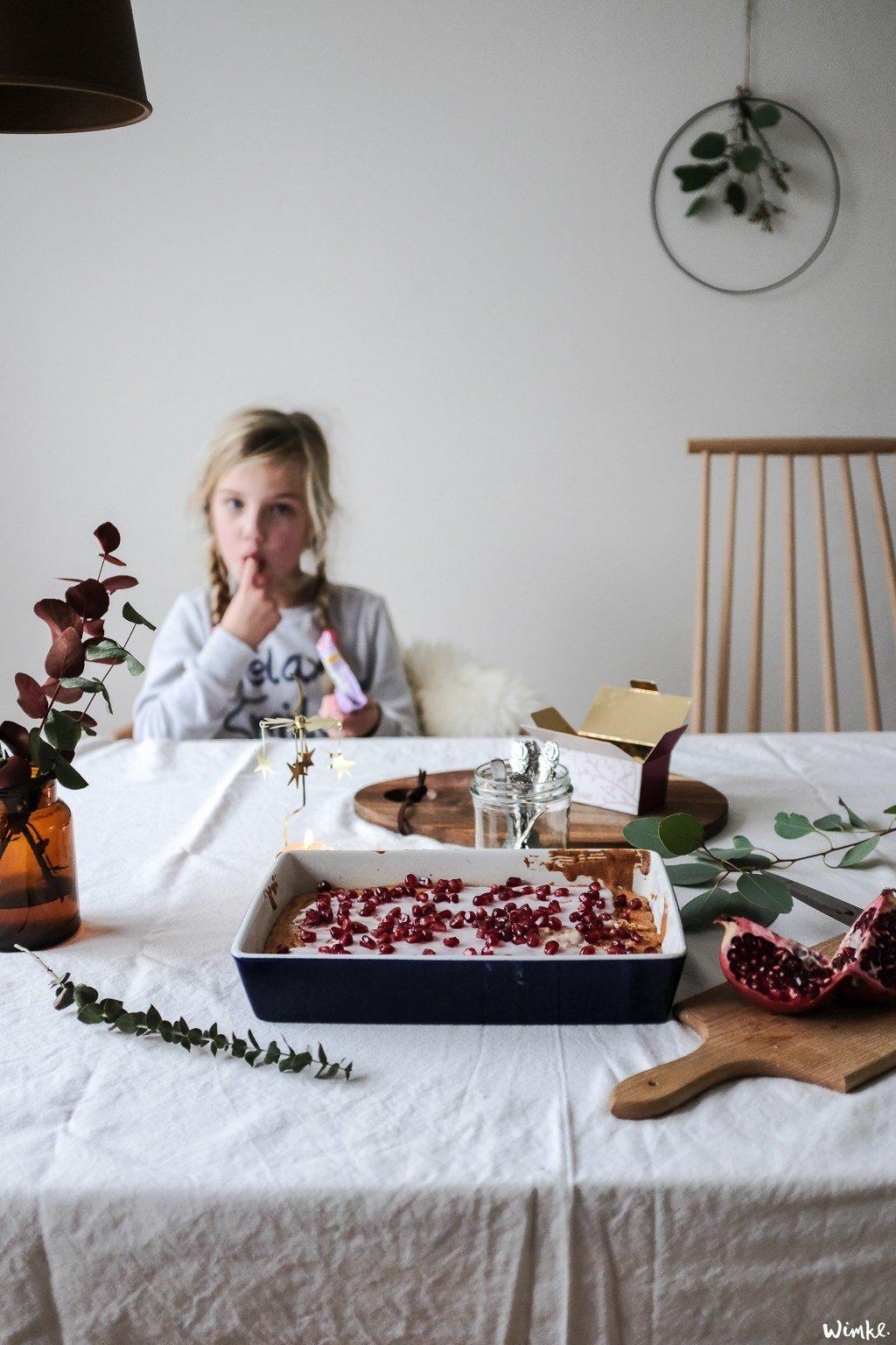 Kerstcake met granaatappel - www.wimke.nl
