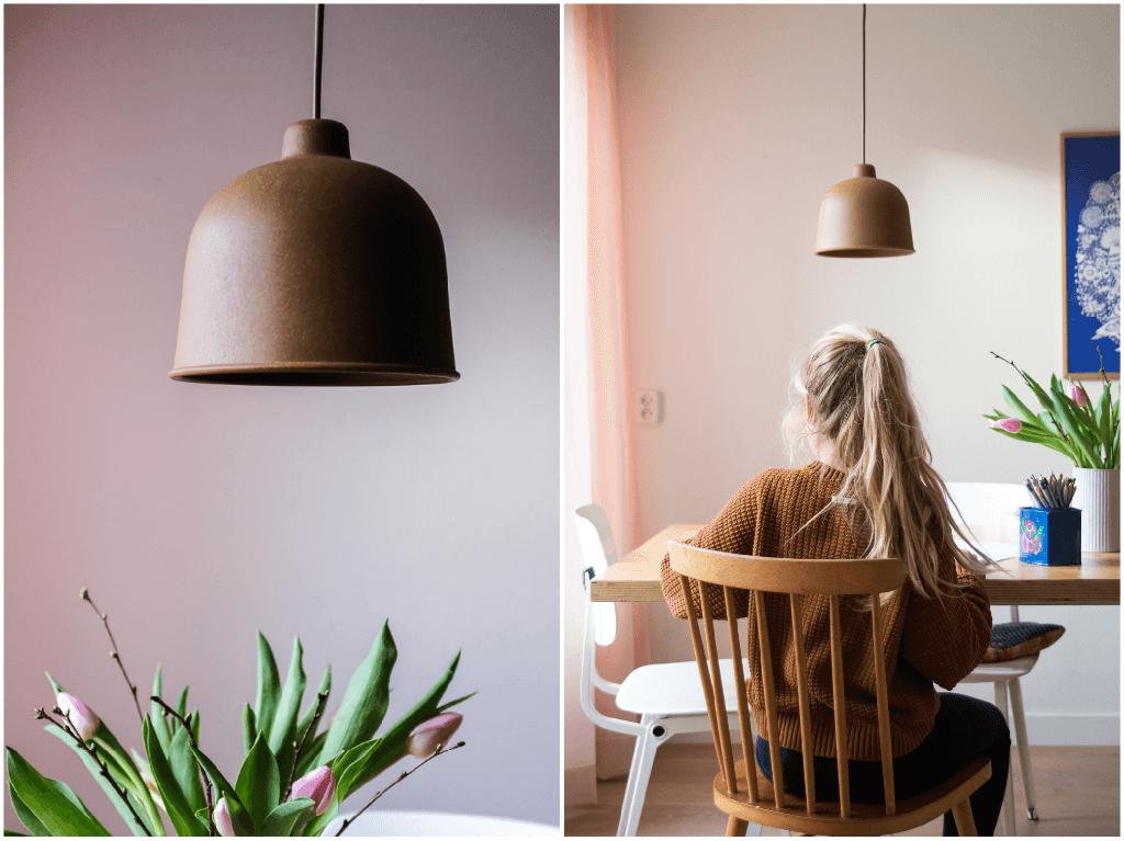 Bruine Muuto Grain lampen en poederroze gordijnen, een perfecte combinatie - www.wimke.nl
